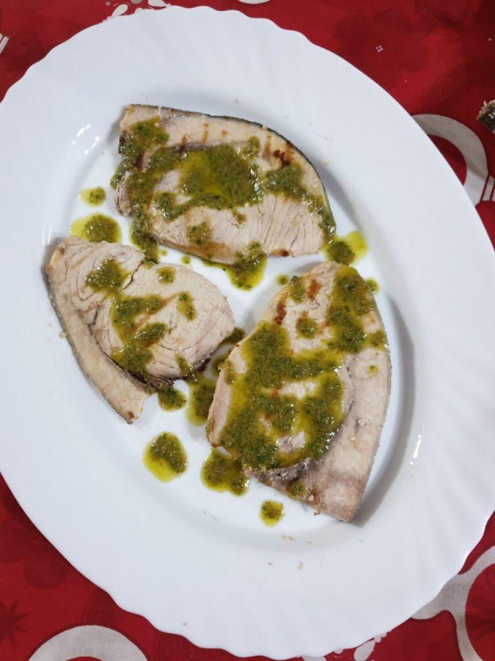 esce spada in salsa verde | ricetta leggera pesce spada alla piastra