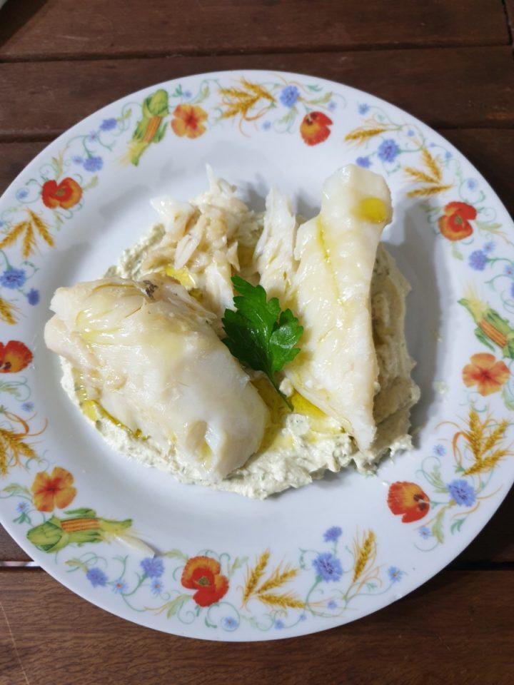 Baccalà su mousse di capperi   secondo di pesce con baccalà al vapore