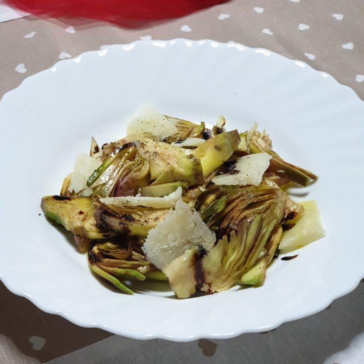 Insalata di carciofi crudi   ricetta insalata veloce con cuori di carciofi