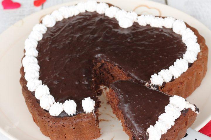 Crostata cuore furba al cioccolato | ricetta torta con crema al cioccolato