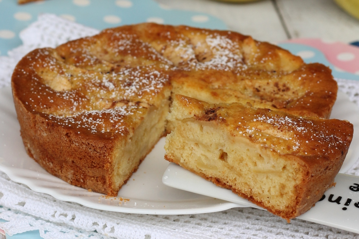 Ricetta Torta Di Mele Bake Off Italia.Torta Di Mele Di Damiano Carrara Ricetta Torta Mele E Ricotta Morbidissima