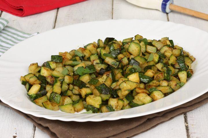 ZUCCHINE IN PADELLA ricetta zucchine in padella croccanti e veloci