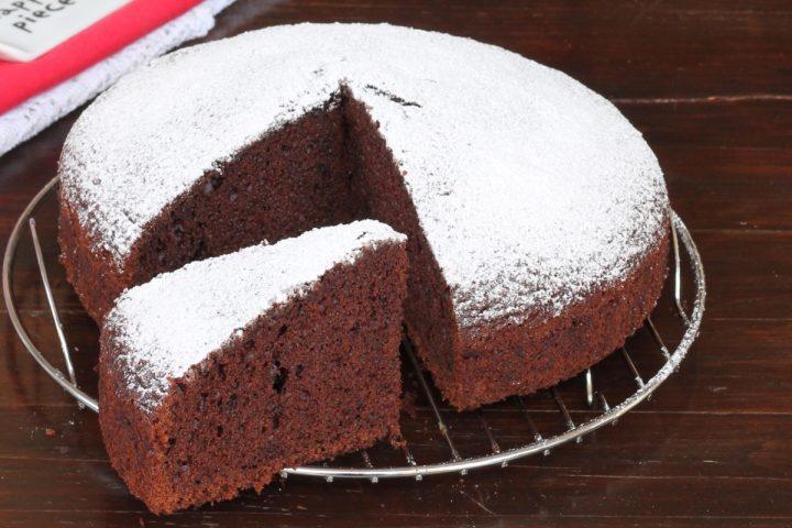 TORTA AL CACAO SENZA LIEVITO ricetta torta al cioccolato morbidissima