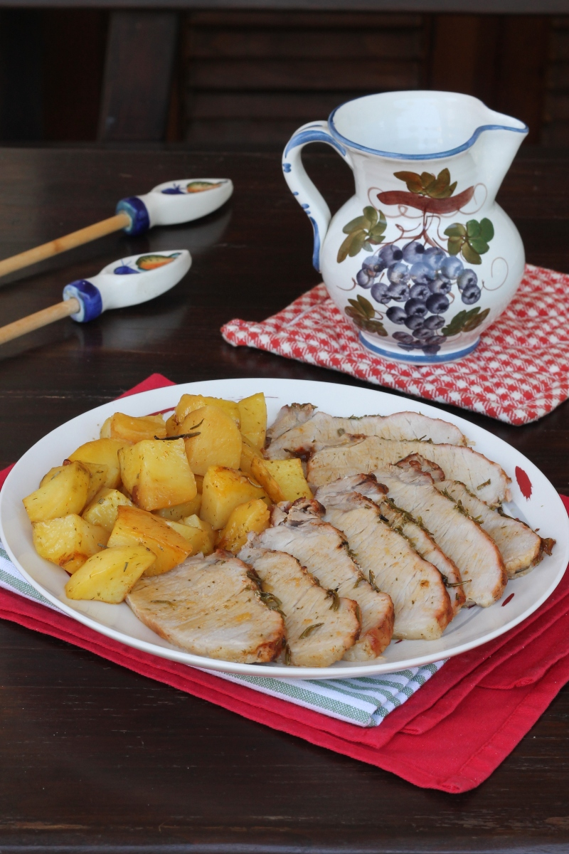 ARROSTO e patate AL FORNO arista di maiale al forno con patate