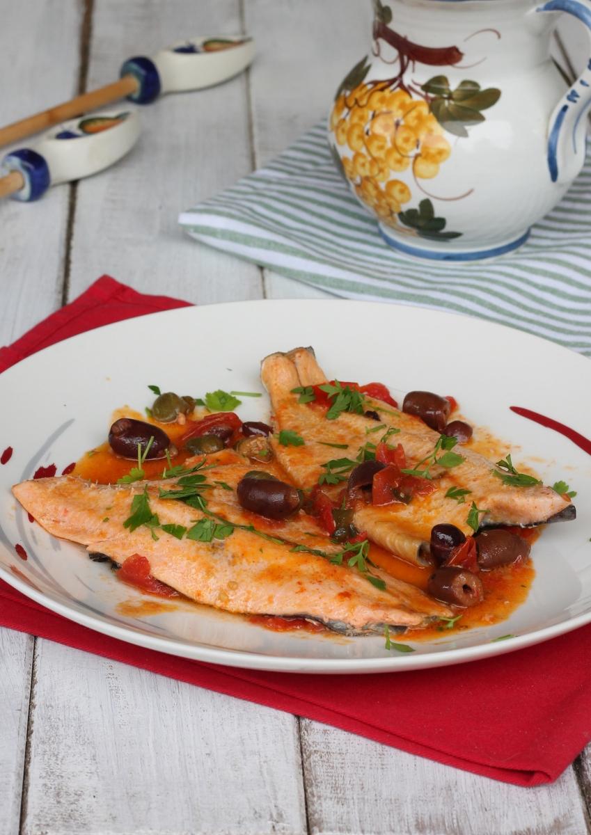 FILETTI DI TROTA in padELLA ricetta trota alla siciliana