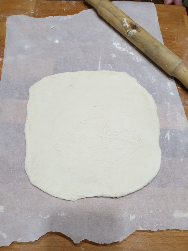 rustivo DI SCAROLa NAPOLETANA ricetta torta di scarole tradizionale