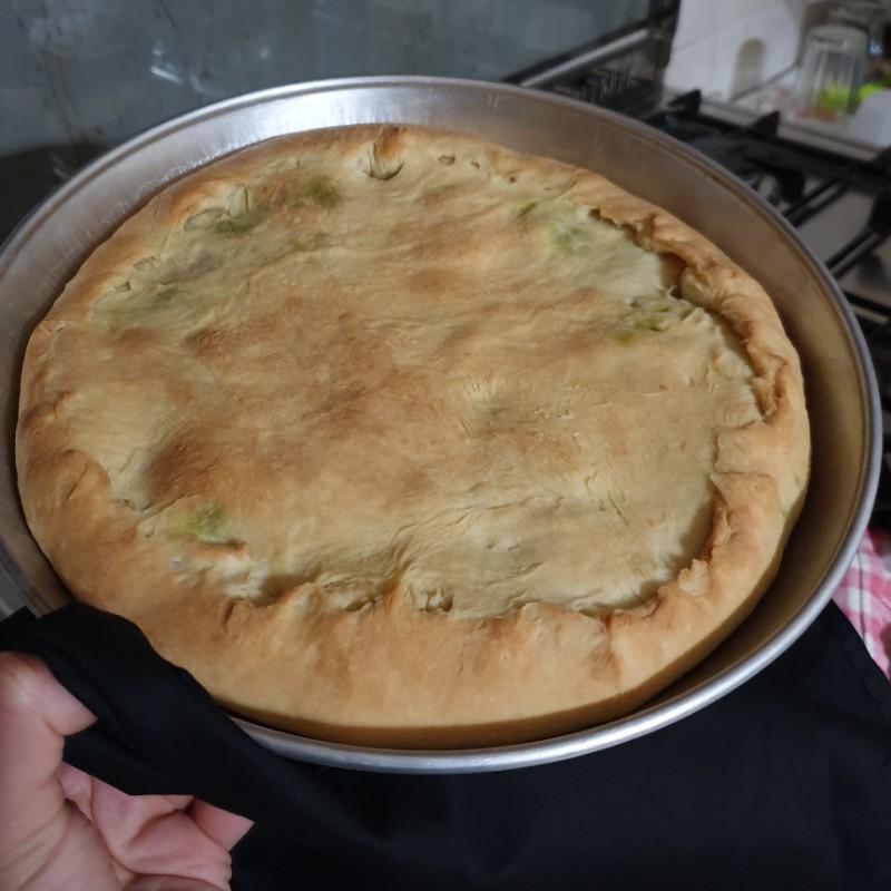 come fare la pizza ripiena NAPOLETANA ricetta torta di scarole tradizionale
