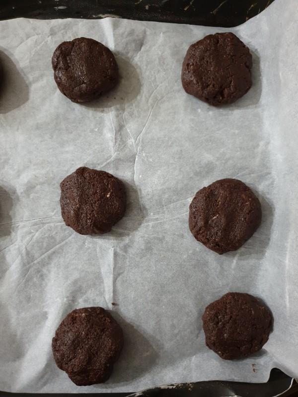 cookies arachidi e cioccolato | ricetta biscotti morbidi veloci
