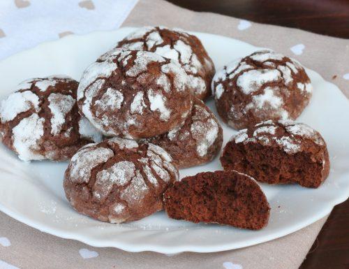 CHOCOLATE CRINKLES COOKIES biscotti al cioccolato morbidi