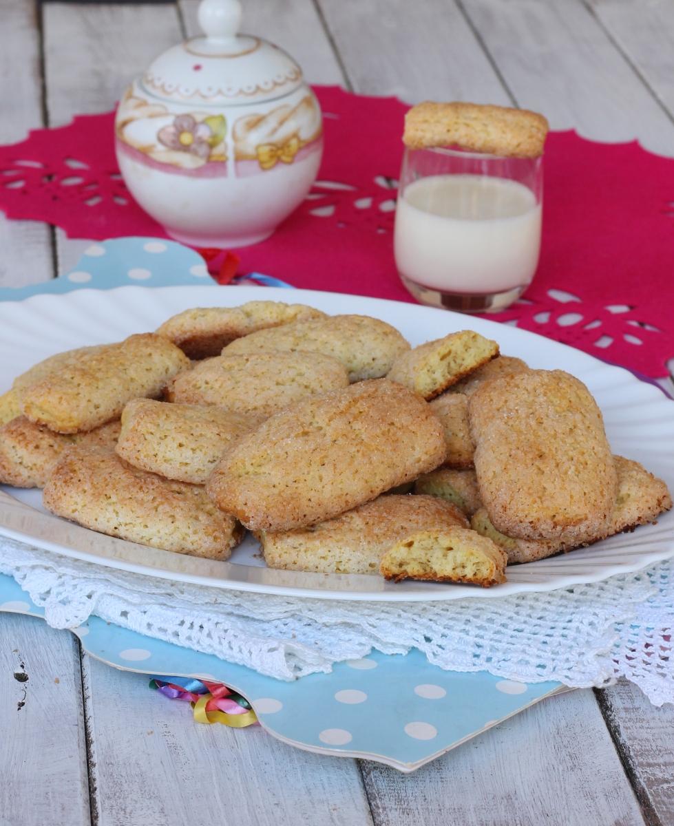 BISCOTTI della nonna ricetta biscotti pastarelle | biscotti con ammoniaca