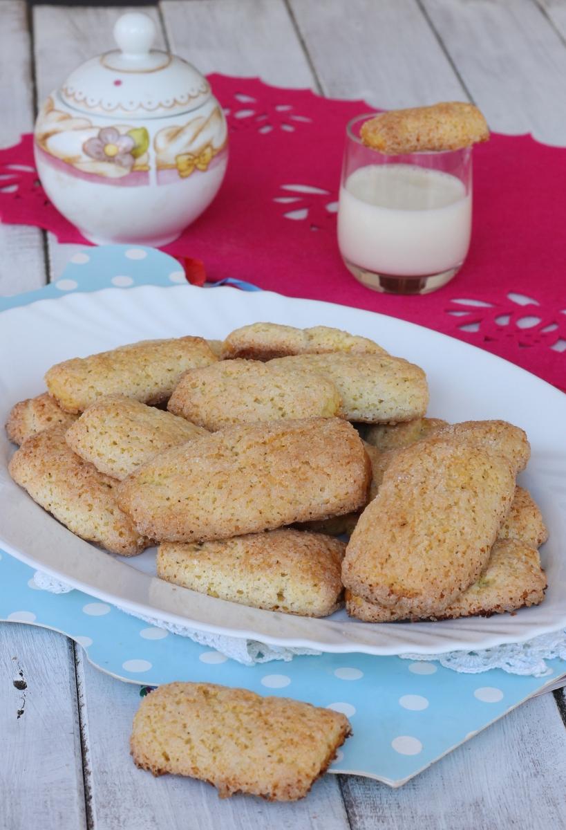 BISCOTTI pastette senza burro ricetta biscotti pastarelle da latte