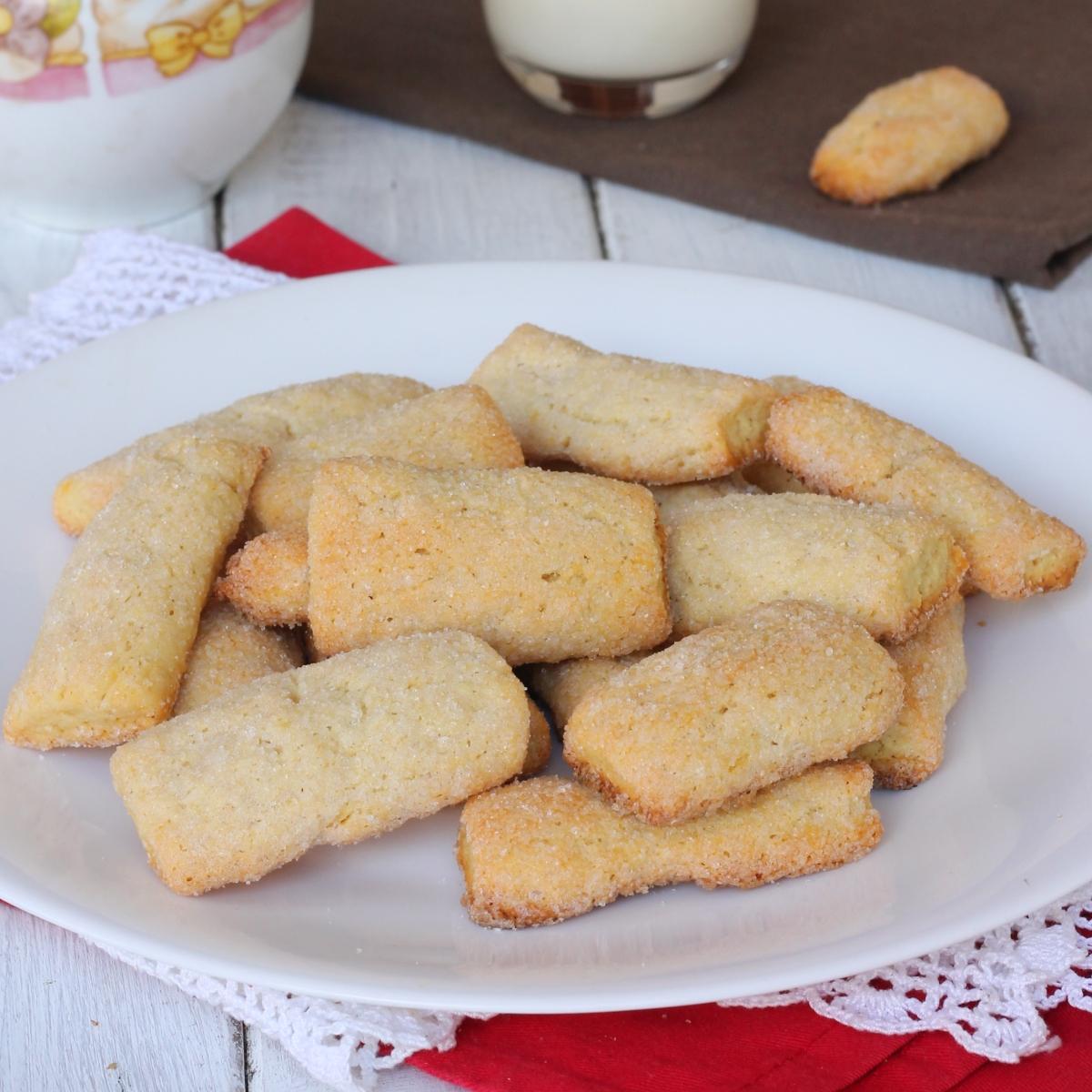 BISCOTTI SENZA UOVA VELOCI biscotti inzupposi senza uova   biscotti da latte