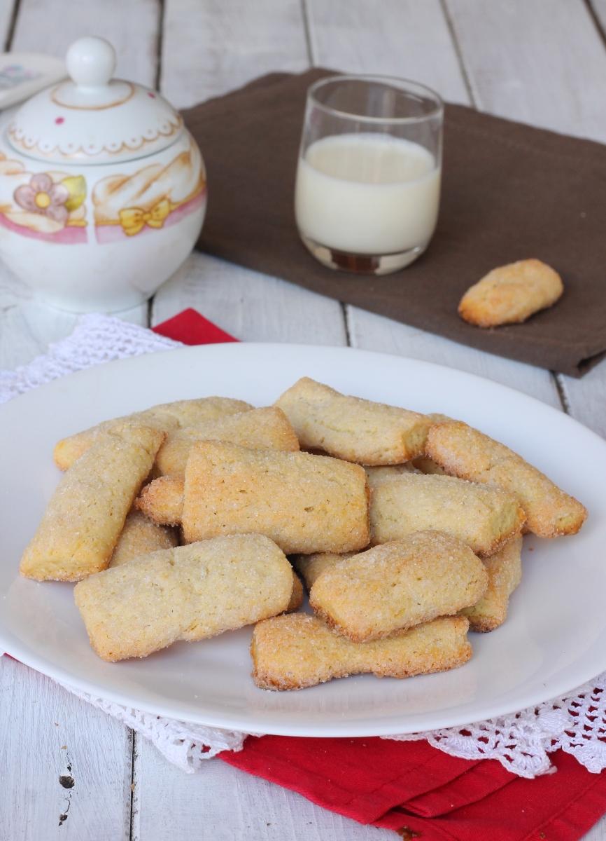 BISCOTTI SENZA UOVA DA INZUPPO  biscotti inzupposi senza uova   biscotti da latte