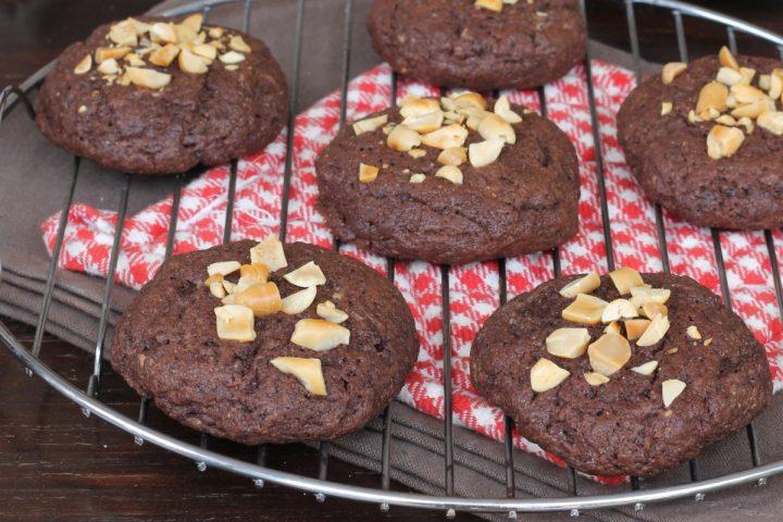 BISCOTTONI burro di arachidi e cioccolato | ricetta biscotti morbidi veloci