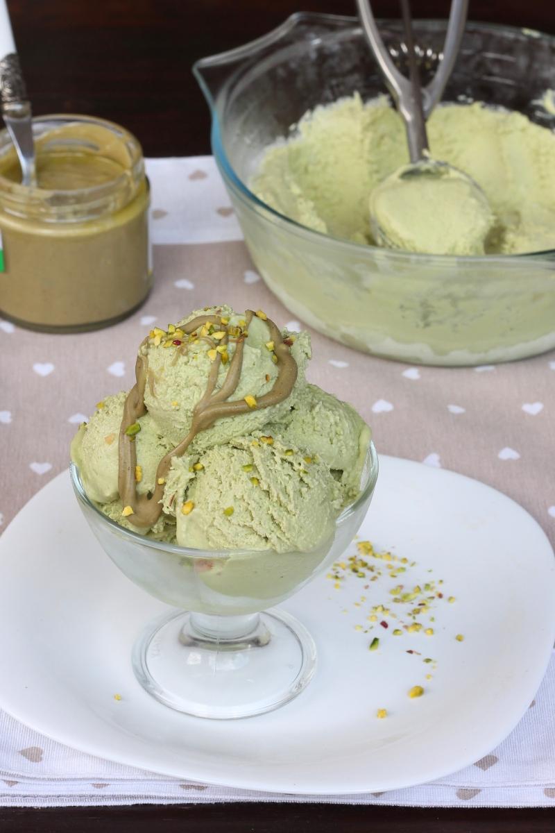 GELATO AL PISTACCHIO senza gelatiera  ricetta gelato al pistacchio furbo