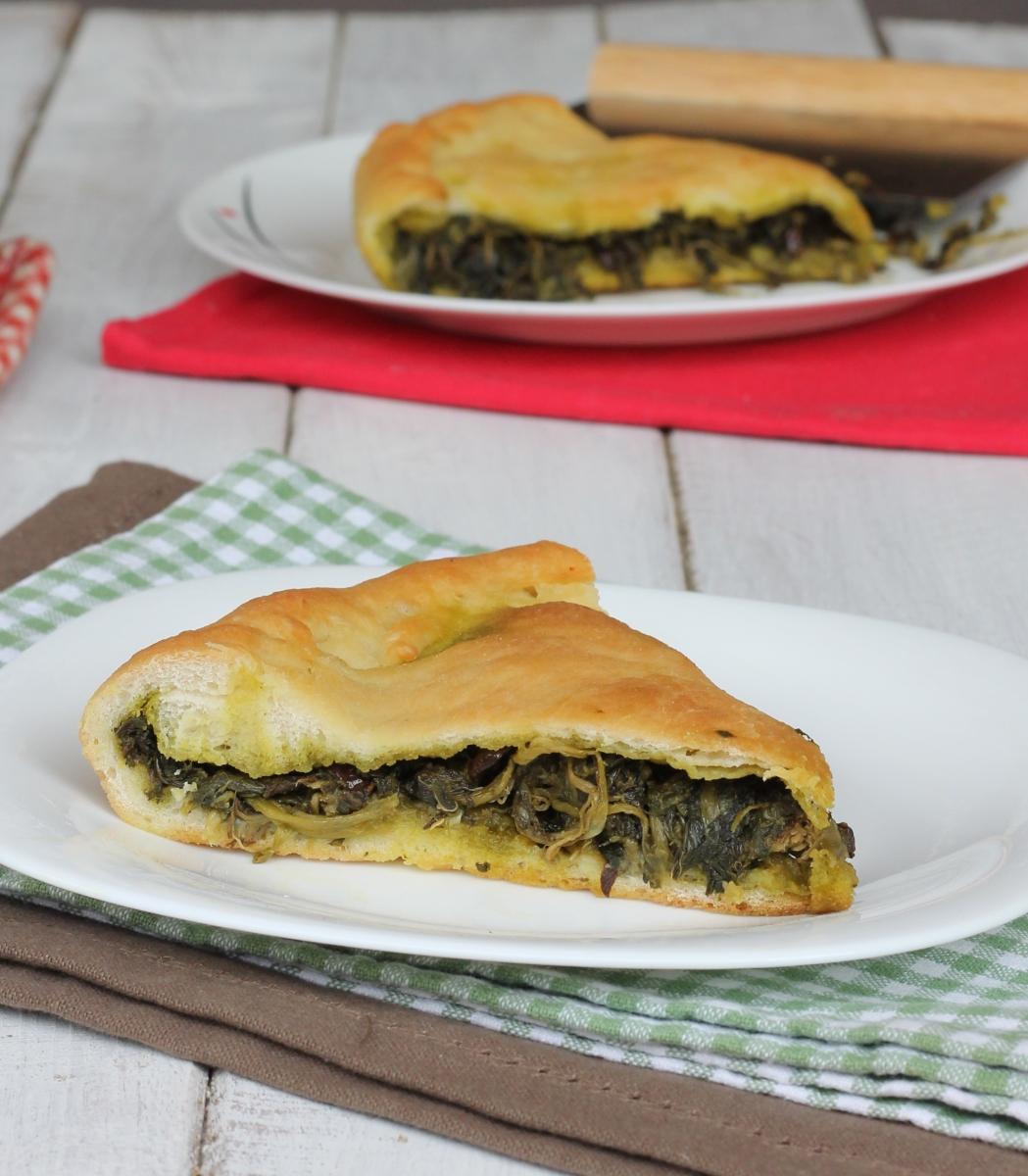 PIZZA DI SCAROLE NAPOLETANA ricetta torta di scarole tradizionale