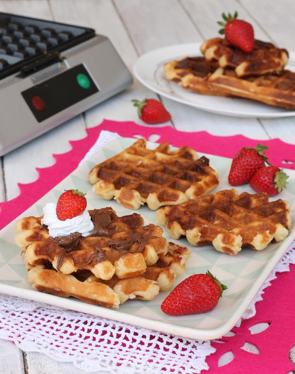 WAFFELs ricetta tradizionale belga | les gaufres de Liège | waffles morbidi