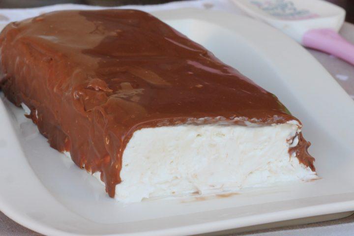 BOUNTY GELATO ricetta gelato furbo al cocco con cioccolato simil Bounty