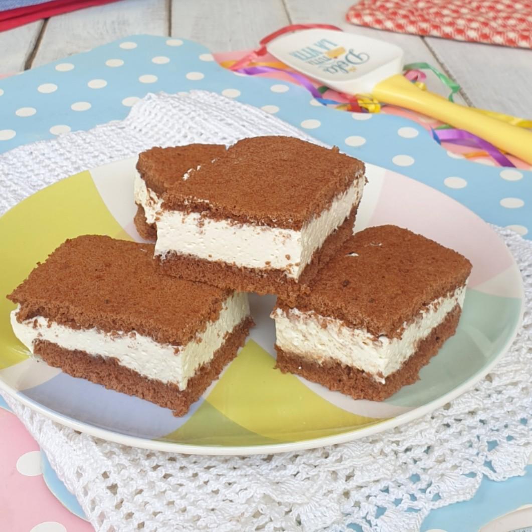 kinder FETTa AL LATTE ricetta torta fetta al latte simil Kinder fette a latte | dolce freddo