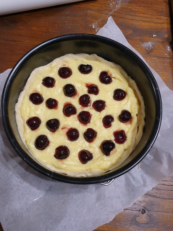 POLACCA DI MUNGIGUERRA brioche crema e amarene | ricetta dolce casertano