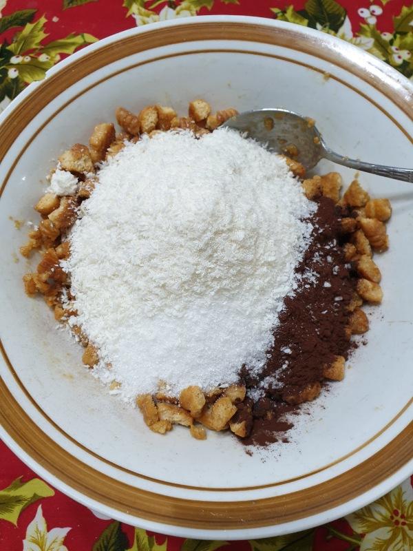 TORTA FREDDA di biscotti al cioccolato torta senza cottura al cocco