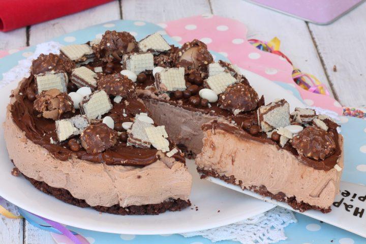 CHEESECAKE ROCHER ricetta torta fredda rocher | cheesecake nutella