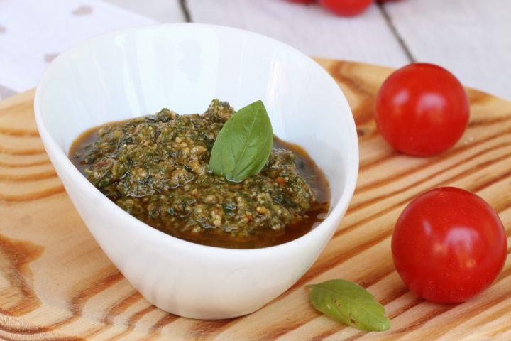 PESTO ALLA TRAPANESE ricetta pesto alla siciliana | pesto siciliano