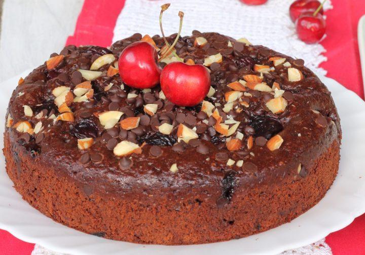 TORTA CIOCCOLATO E CILIEGIE torta di ciliegie mandorle e cioccolato