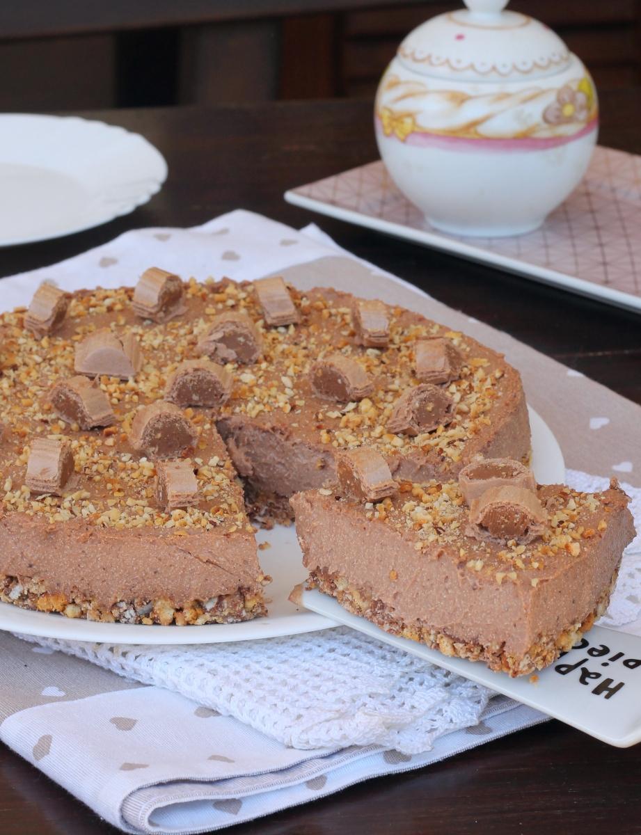 TORTA fredda con nutella  torta fredda estiva | torta alle nocciole senza cottura