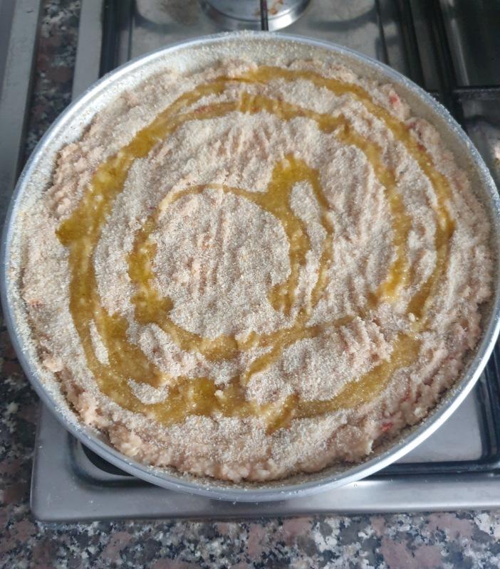 TORTA salata tonno e pomodori secchi | ricetta torta di pane salata con tonno