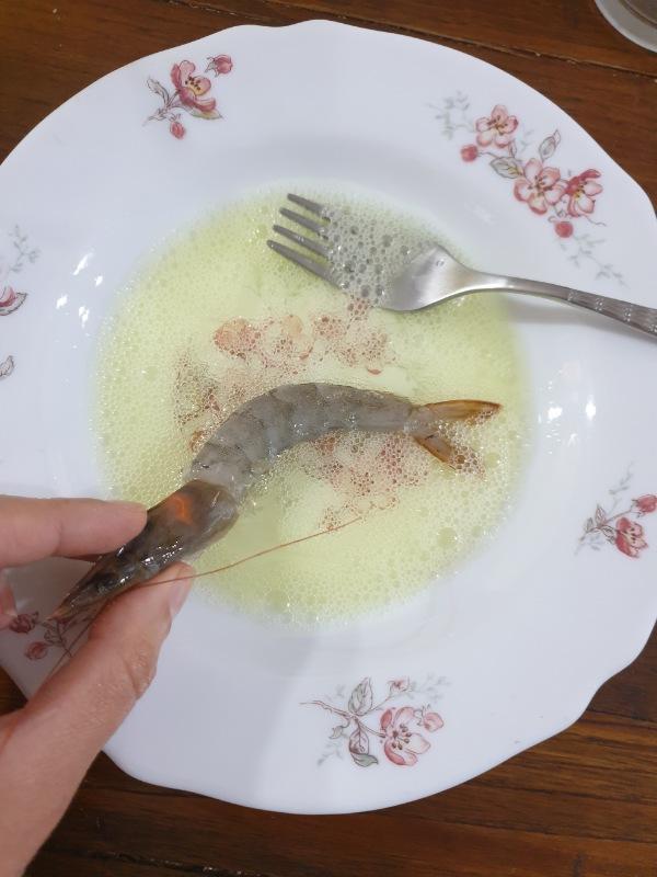 GAMBERI in crosta di PISTACCHI gamberi fritta al forno o in padella