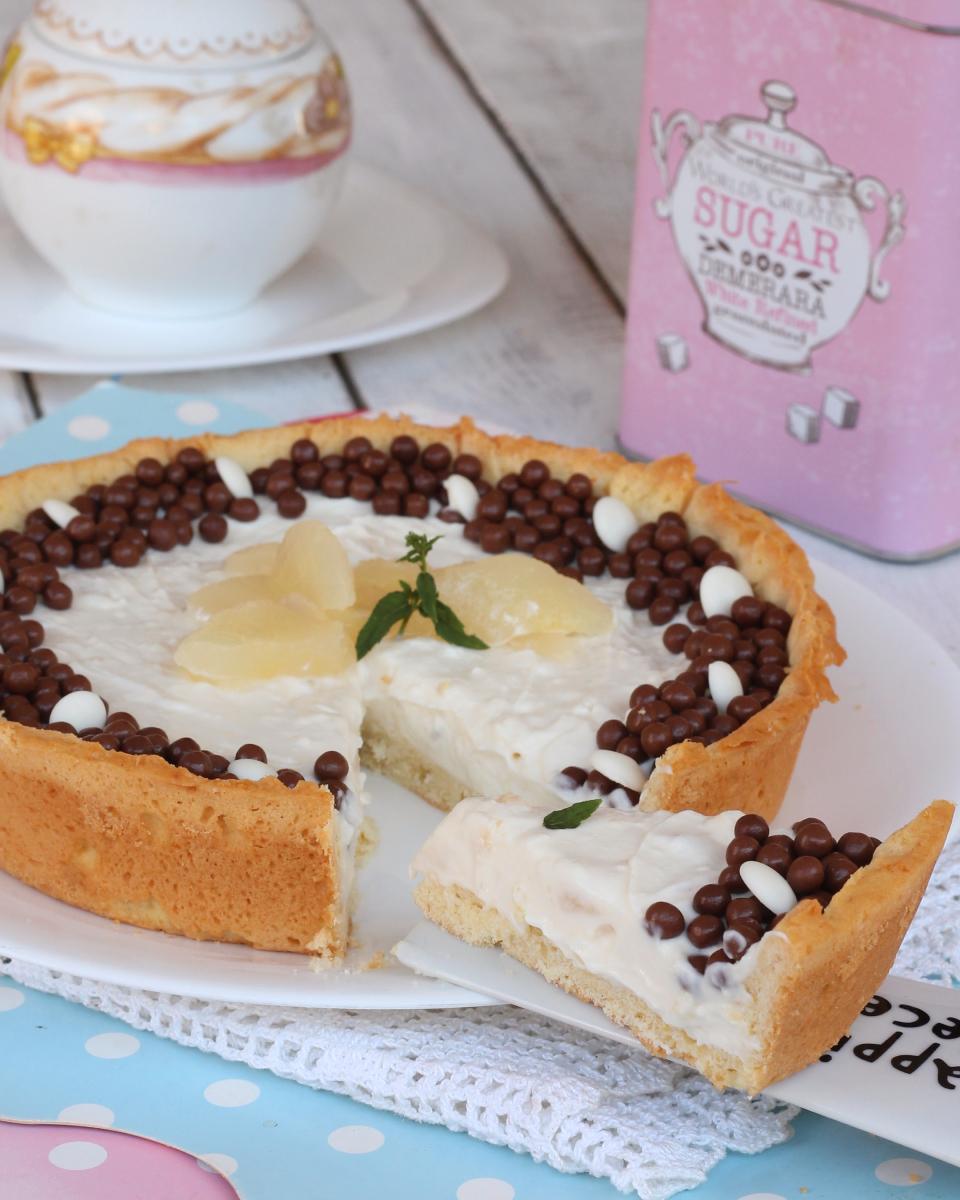CROSTATA fredda con crema di RICOTTA  ricetta crostata di ricotta con pere fresche