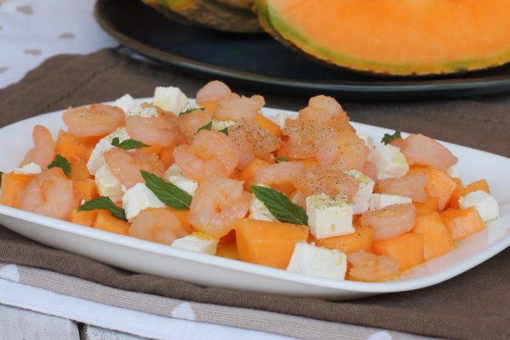 INSALATA MELONE FETA E GAMBERETTI insalata con melone estiva