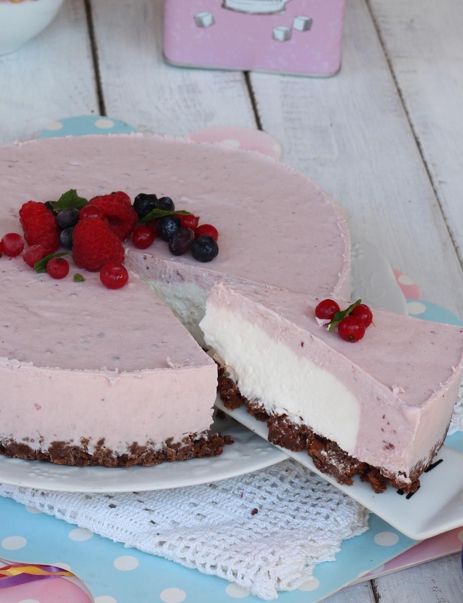 TORTA yogurt FREDDA  torta fresca allo yogurt con biscotti