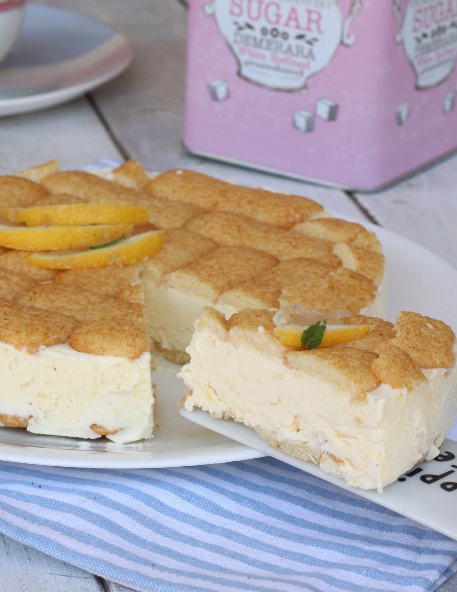 TORTA  AL LIMONE FREDDA ricetta torta gelato al limone veloce