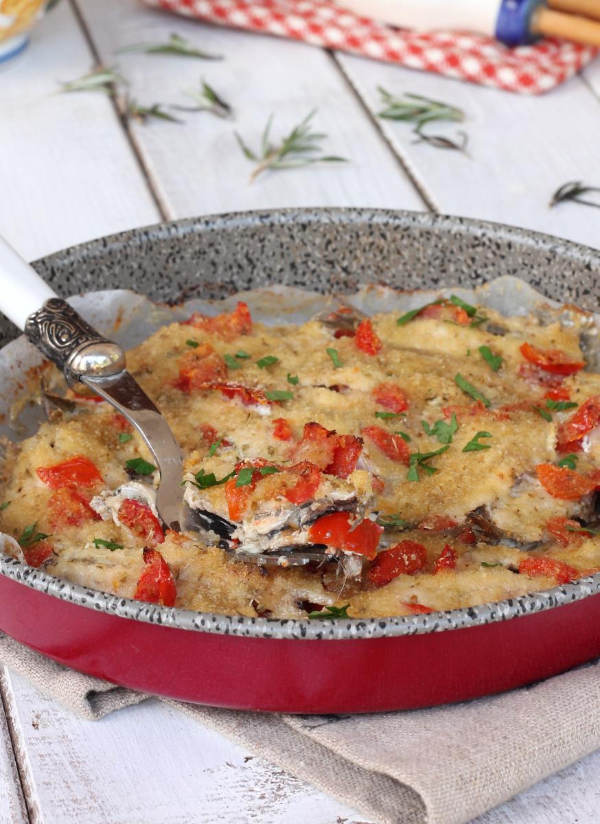 ACCIUGHE con pangrattato  alici al forno gratinate | alici in tortiera al forno