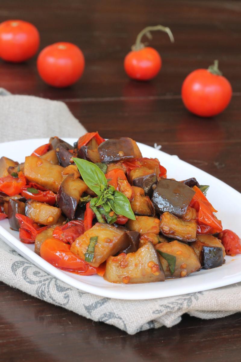 MELANZANE Al FUNGHETTO ricetta napoletana melanzane a fungitiello