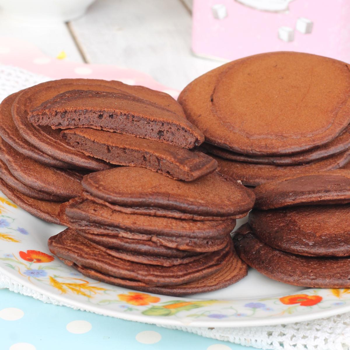 PANCAKE morbidi con CACAO ricetta pancake al cioccolato con cacao amaro