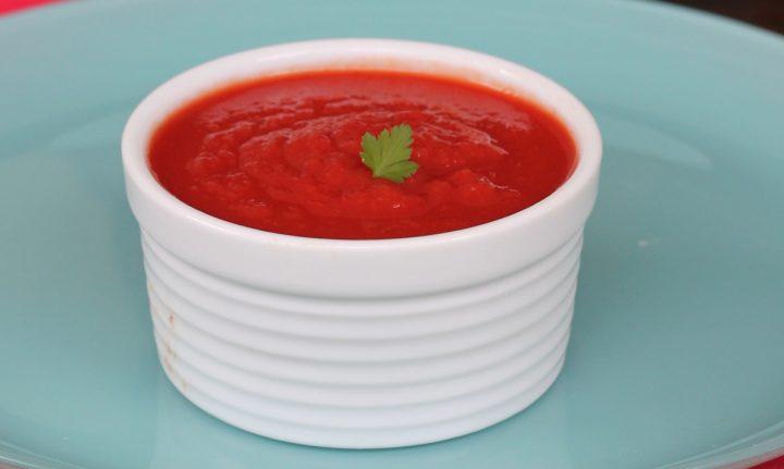 PASSATA DI POMODORO fatta in casa | come fare la salsa di pomodoro