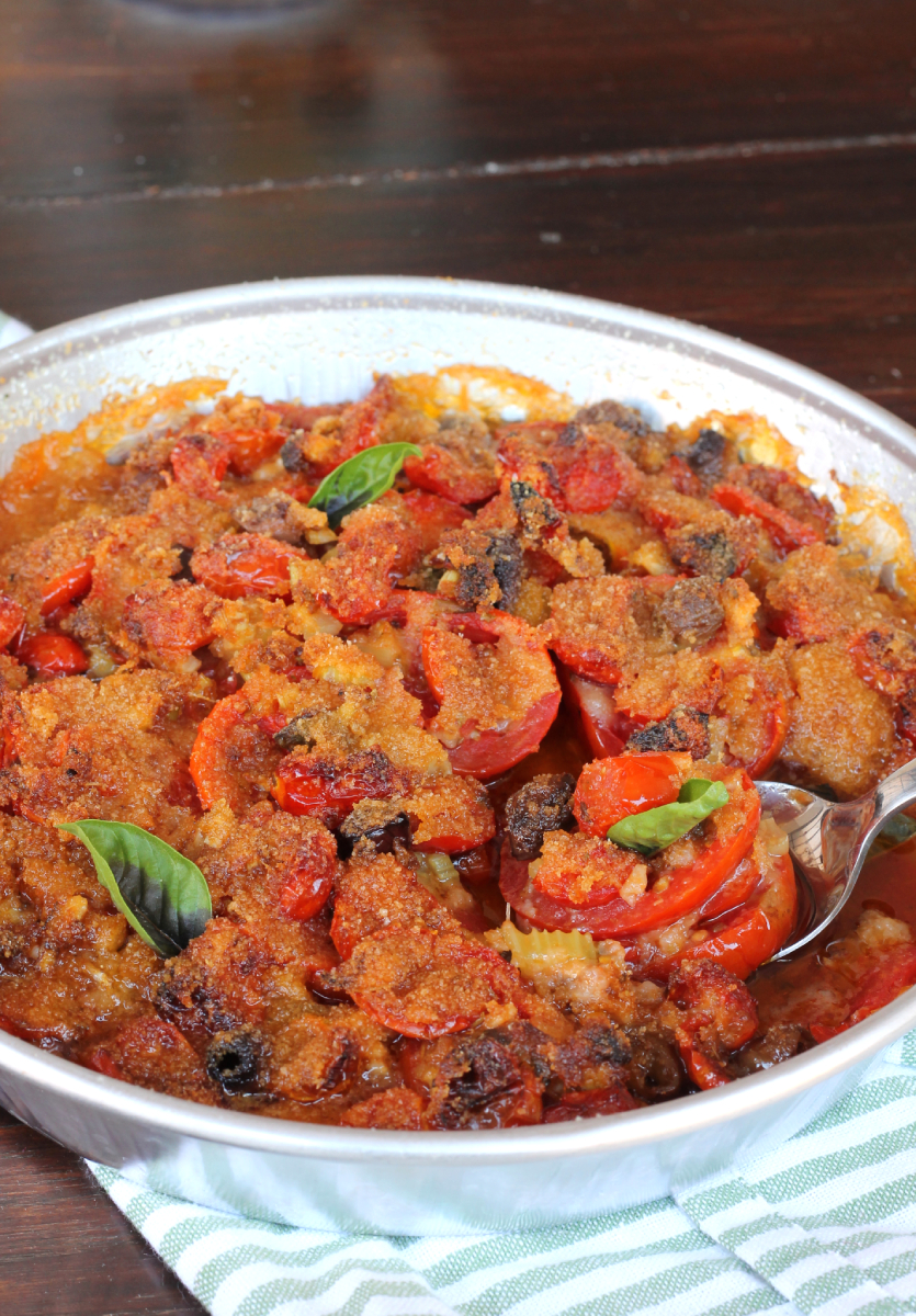 POMODORI GRATIN millefoglie di pomodori al forno pane e olive
