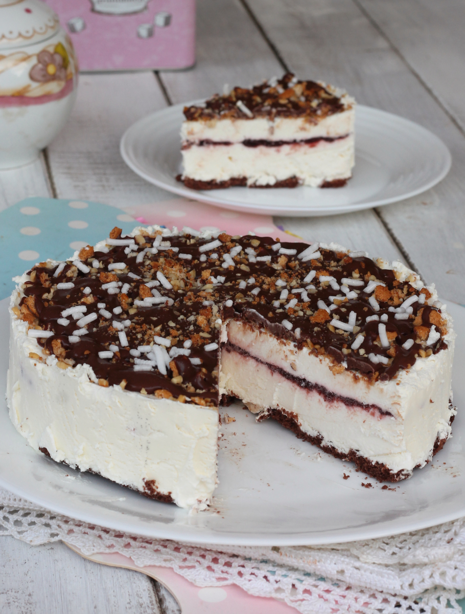 CROCCANTE con gelato variegato AMARENA torta semifreddo con gelato amarene cioccolato