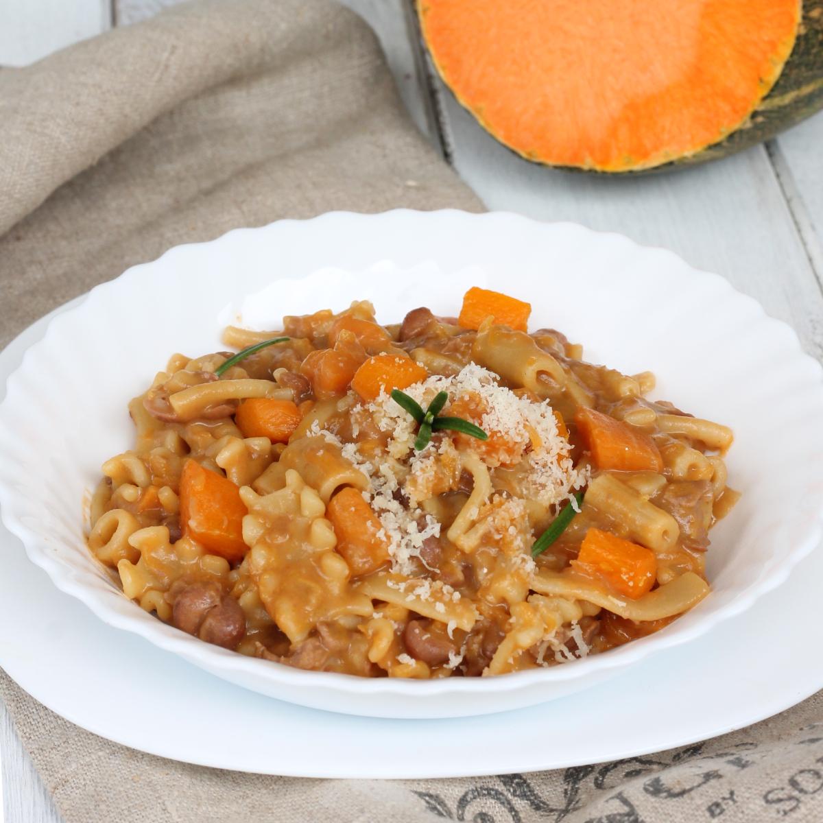PASTA E FAGIOLI con la zucca ricetta pasta e fagioli con la zucca | primo piatto
