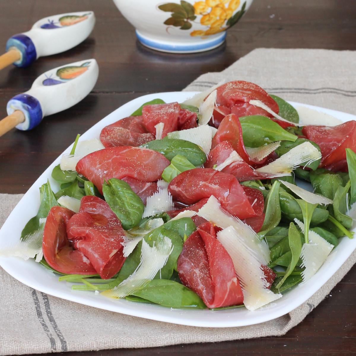 INSALATA DI SPINACINi freschi | insalata con bresaola e spinacino fresco crudo