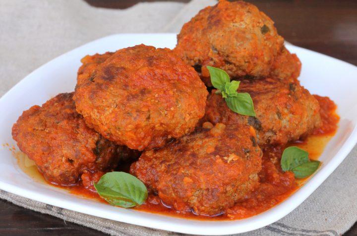POLPETTE AL SUGO ricetta polpette di carne al sugo   polpette morbide
