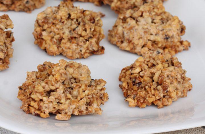 BISCOTTI 3 INGREDIENTI alle nocciole | biscotti con granella di nocciole