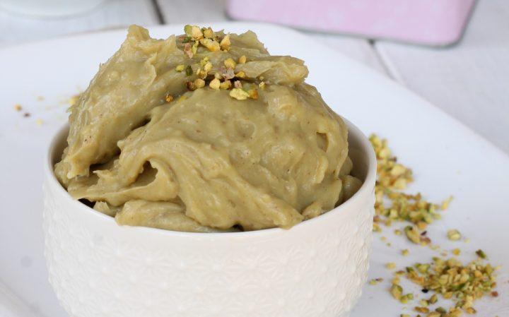 CREMA PASTICCERA AL PISTACCHIO ricetta crema dolce al pistacchio