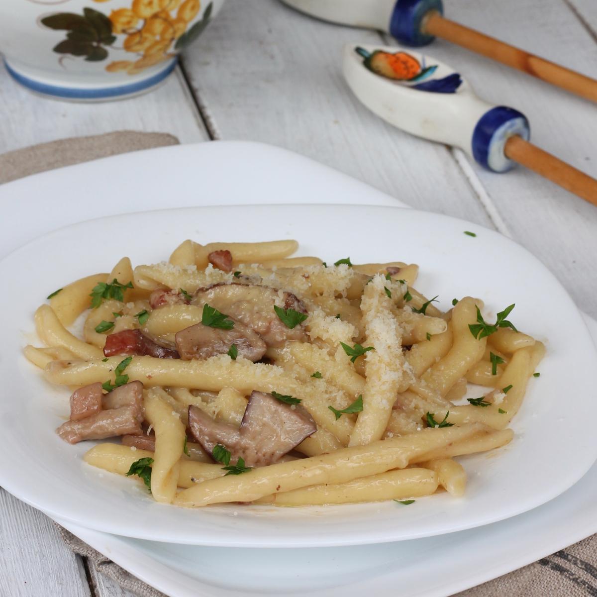 PASTA con FUNGHI PORCINI |pasta ai porcini cremosa senza panna