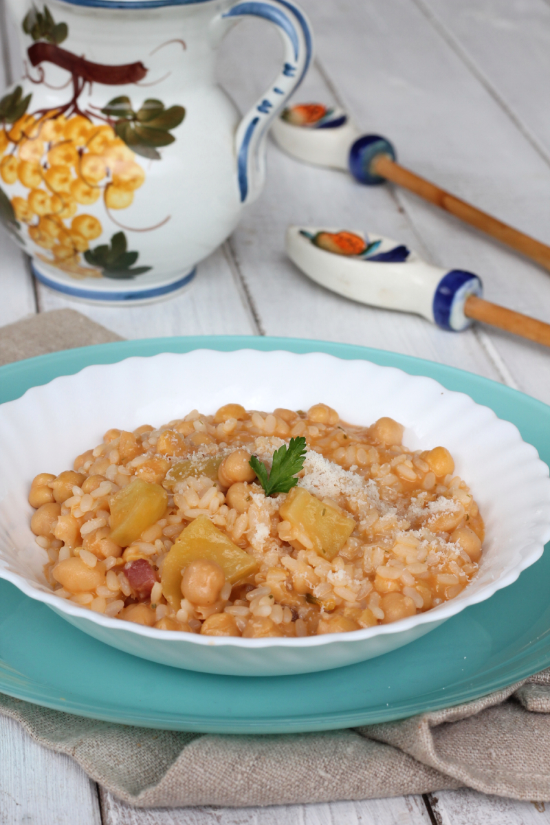 RISO CECI E PATATE | primo piatto caldo di riso e ceci con patate