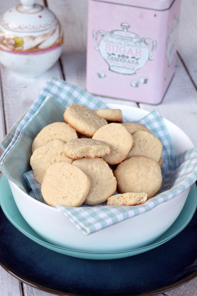 BISCOTTI AL COCCO VELOCI frollini con farina di cocco | biscotti da tè