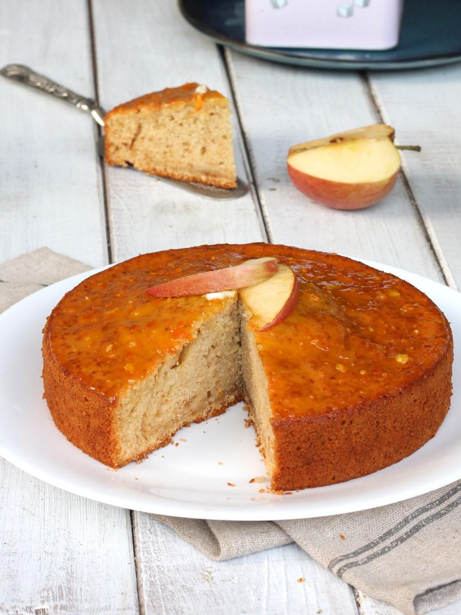 PAN DI MELE APRICOTTATO ricetta torta di mele glassata con marmellata
